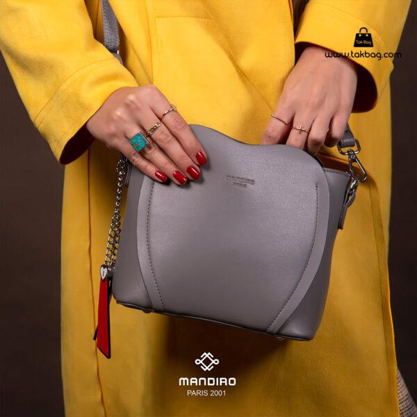 کیف رودوشی زنانه کد RM-2226 برند ماندیرو رنگ طوسی با مدل ( mandiro RM-2226 )