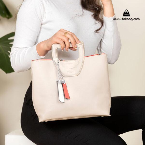 کیف دستی زنانه کد RM-2231 برند ماندیرو رنگ کرم با مدل ( mandiro RM-2231 )