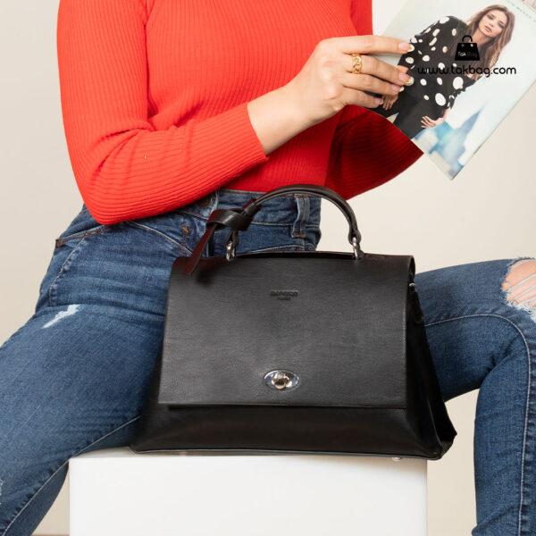 کیف رودوشی زنانه کد RM-2236 برند ماندیرو رنگ مشکی با مدل ( mandiro RM-2236 )